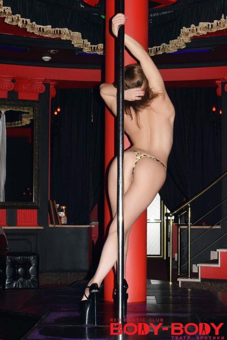 striptiz-nochnoy-klub